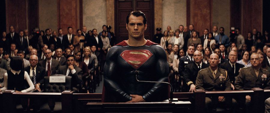 HENRY CAVILL'S MANAGER CONFIRMS MAN OF STEEL 2 IS STILL IN DEVELOPMENT